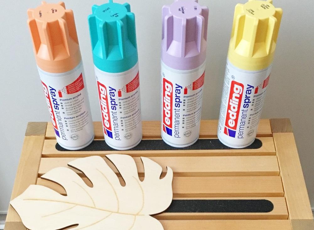 bureau tropical bombes de peinture 0