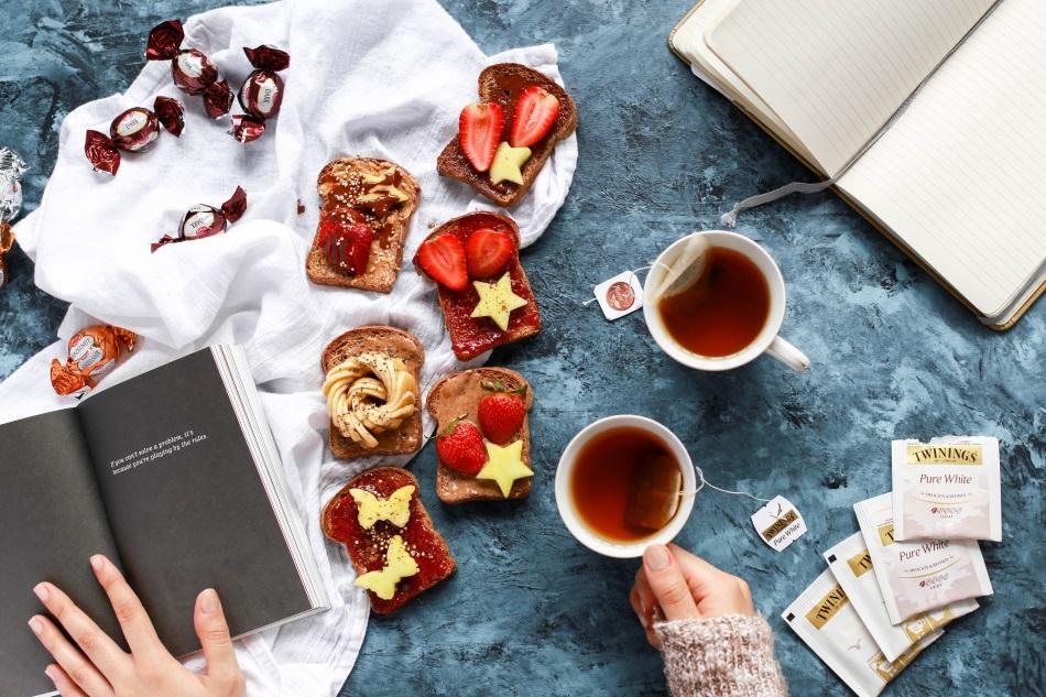 des bonnes tartines et du thé