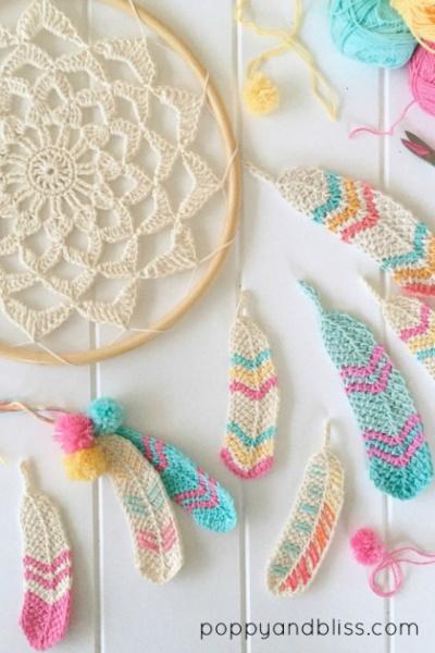 Les plumes au crochet de Poppy and Bliss (tutos crochet tunisien)